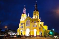 Iglesia_San_Francisco_de_Castro_en_la_noche